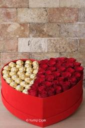 Bonsai Ağacı ile sevdiklerinize ev, iş yeri ve ofisleri için harika bir saksı çiçeği sunabilirsiniz.
